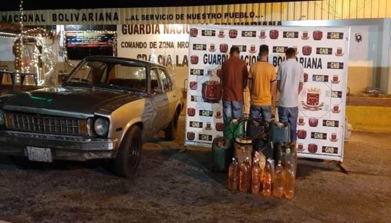 Diario Frontera, Frontera Digital,  GNB, Sucesos, ,GNB capturó tres hombres con 429 litros de gasolina en Las González