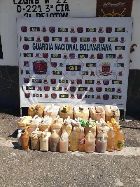 Diario Frontera, Frontera Digital,  FANB, Sucesos, ,Fanb decomisó más se 230 litros de gasolina  acaparada en municipio Cardenal Quintero de Mérida