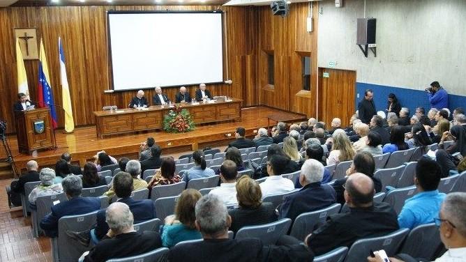 http://fronteradigital.com.ve/Obispos venezolanos: Duro golpe a la institucionalidad del Estado