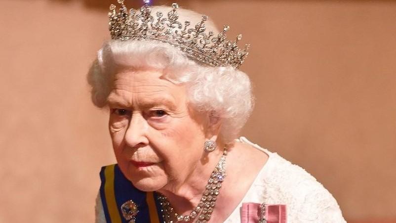 http://fronteradigital.com.ve/Isabel II abre una «transición» para el adiós de los Sussex