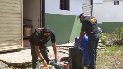 http://fronteradigital.com.ve/Desmantelada banda que revendía combustible  en terminal de pasajeros de Mérida