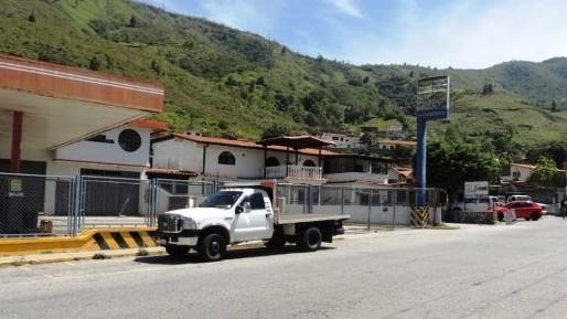 http://fronteradigital.com.ve/Abogados del ODH-ULA denuncian irregularidades en juicio por el asesinato de Wuilderman Paredes