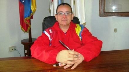 http://fronteradigital.com.ve/Concejo Municipal de Libertador condecorara más de 30 maestros en Mérida