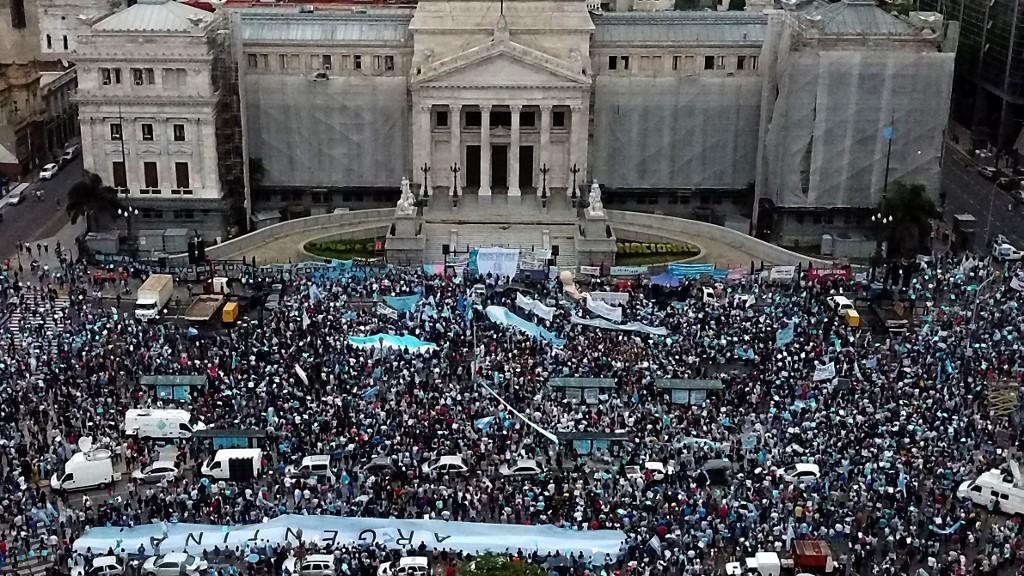 Diario Frontera, Frontera Digital,  ARGENTINA, Internacionales, ,Protestan en Argentina contra  un proyecto de legalización del aborto