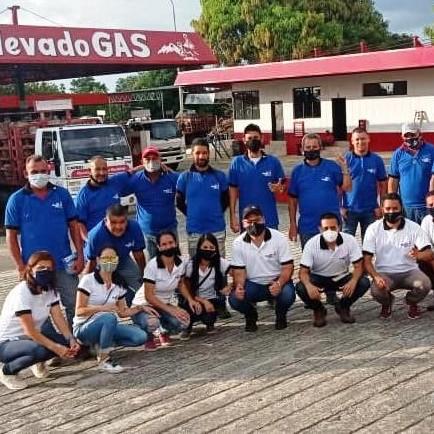 Diario Frontera, Frontera Digital,  NEVADO GAS, Regionales, ,Directiva de Nevado Gas entregó uniformes y botas de seguridad al personal