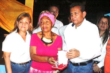 Diario Frontera, Frontera Digital,  GOBIERNO DE MÉRIDA, Panamericana, ,Gobierno regional rindió tributo con  orden post mortem a Doña Carmen Eugenia Herrera
