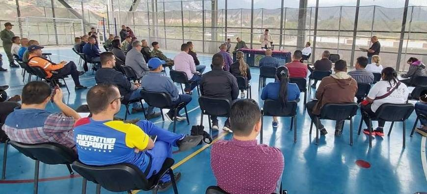 Diario Frontera, Frontera Digital,  LABOR CONJUNTA, Regionales, ,En Mérida arrancó plan de acción con civiles y militares para prevenir el COVID-19
