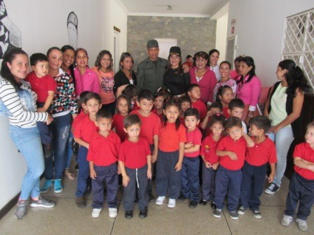 """Diario Frontera, Frontera Digital,  GNB, Regionales, ,Comando 22 de la GNB compartió con niños, niñas   y docentes del preescolar """"Andrés Bello"""""""