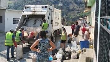 http://fronteradigital.com.ve/Compactadores recuperados por Alcaldía de Mérida  se hacen solidarios con el valle del mocotíes