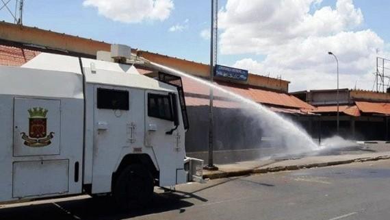 http://fronteradigital.com.ve/Efectivos de Protección Civil y Bomberos ejecutan Plan Nacional de Desinfección en el Eje Páramo
