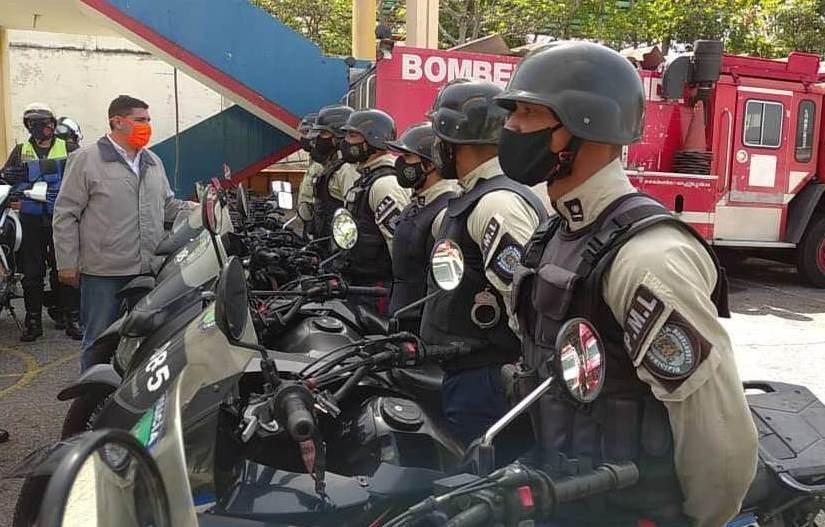 Diario Frontera, Frontera Digital,  24 motos recuperadas a Policía Municipal y a bomberos, Regionales, ,Jehyson Guzmán entregó  24 motos recuperadas a Policía Municipal y a bomberos
