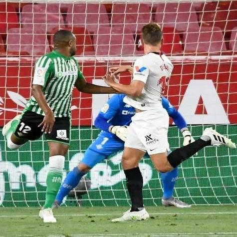 Diario Frontera, Frontera Digital,  SEVILLA, Deportes, ,El Sevilla ganó el histórico derbi de reanudación