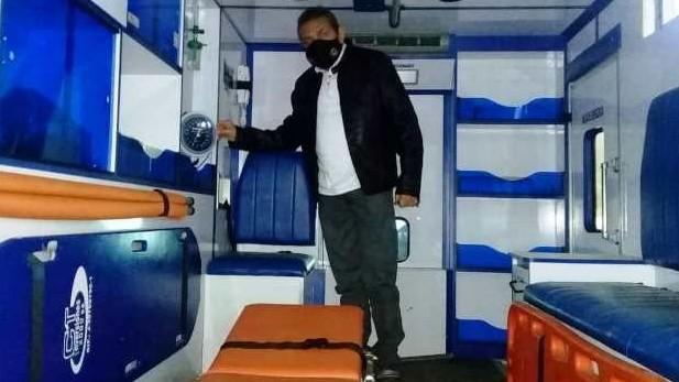 http://fronteradigital.com.ve/Gobernador Ramón Guevara  entregó repuestos para ambulancia de Cacute