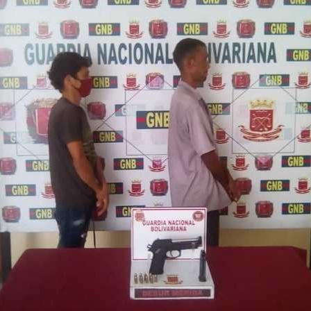 Diario Frontera, Frontera Digital,  GNB, Sucesos, ,GNB arrestó a dos sujetos con una pistola 9 mm en El Vigía