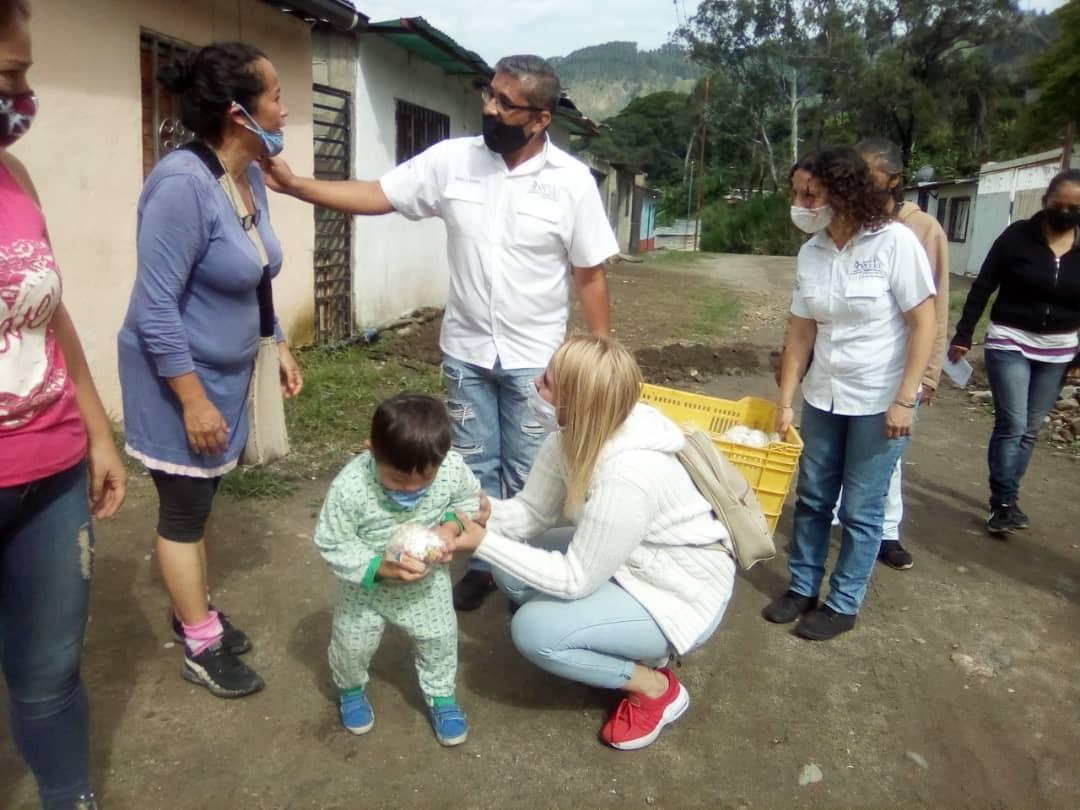 Diario Frontera, Frontera Digital,  ALCALDÍA DE MÉRIDA, Regionales, ,Más de 270 niños recibieron cotillones en la parroquia Osuna Rodríguez
