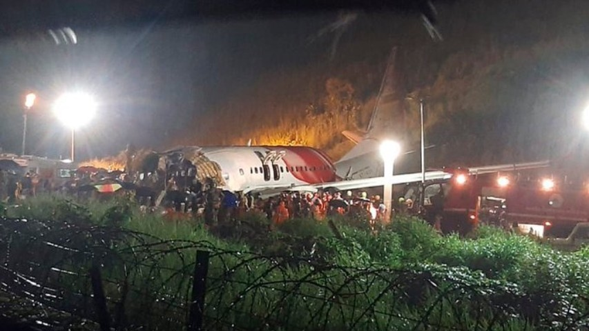 Diario Frontera, Frontera Digital,  INDIA, AVIÓN, Air India, Internacionales, ,16 fallecidos en accidente de avión que se partió en dos en la India