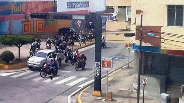 http://fronteradigital.com.ve/COPEI  HACE UN LLAMADO AL BURGOMAESTRE MEZIN  SOBRE LAS CUADRILLA DE  PAZ  Y  ÁGUILA 21 EN EL VIGÍA
