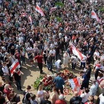 Diario Frontera, Frontera Digital,  PROTESTA EN BIELORRUSIA, Internacionales, ,Así fue la protesta multitudinaria en Bielorrusia llamando a Lukashenko a renunciar