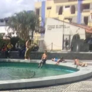 """Diario Frontera, Frontera Digital,  PARQUE LAS HEROÍNAS, MÉRIDA, Regionales, ,Fuentes de agua de """"Las Heroínas"""" convertidas en piscina pública"""