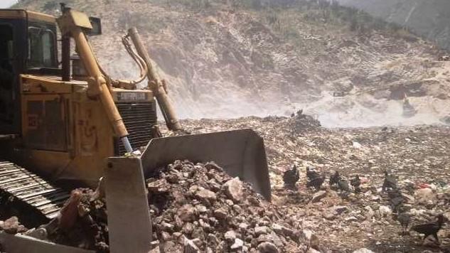 http://fronteradigital.com.ve/La gobernación de Mérida hace esfuerzos para garantizar el funcionamiento del vertedero Lomas de El Calvario