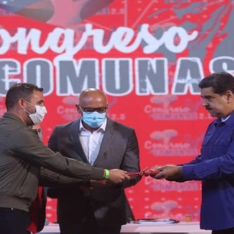 Diario Frontera, Frontera Digital,  NICOLÁS MADURO, Nacionales, ,Maduro entregó propuestas de leyes comunales a la AN