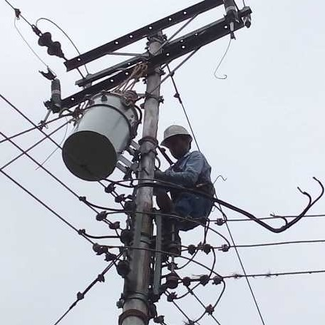Diario Frontera, Frontera Digital,  TOVAR, Mocoties, ,Corpomérida con nuevo transformador  restituyó  fluido eléctrico en  Loma de Las Vírgenes