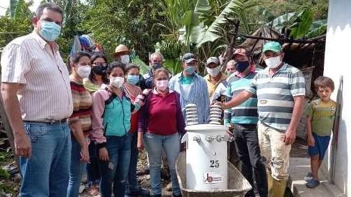 http://fronteradigital.com.ve/Dieciséis familias en Bailadores fueron beneficiadas  con nueva unidad de conversión de energía eléctrica