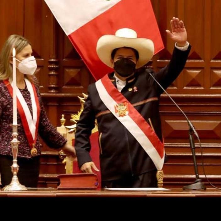 Diario Frontera, Frontera Digital,  PEDRO CASTILLO, ASCENSO AL PODER, JURAMENTACIÓN, Internacionales, ,Pedro Castillo jura como nuevo presidente de Perú