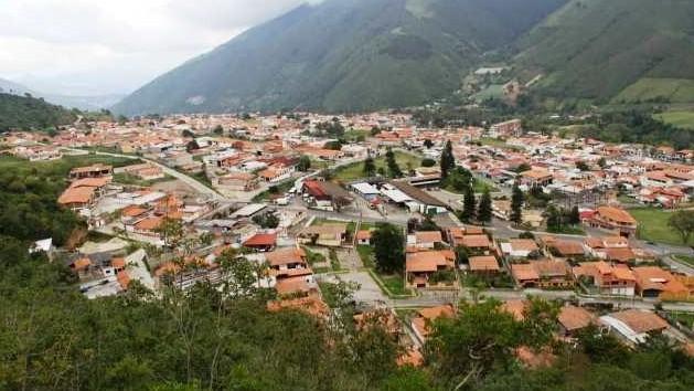 http://fronteradigital.com.ve/Con la suma de voluntades se construirá el futuro bonito de Rivas Dávila