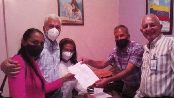 http://fronteradigital.com.ve/Ciento sesenta y tres nuevos profesionales  para el sector salud del estado Mérida