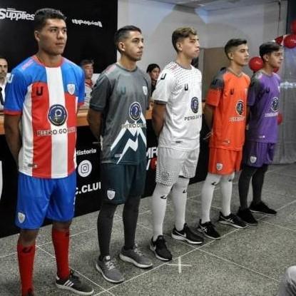 Diario Frontera, Frontera Digital,  ESTUDIANTES DE MÈRIDA FC, Deportes, ,Estudiantes de Mérida presentó su plantilla  y nueva indumentaria de juego para este 2020