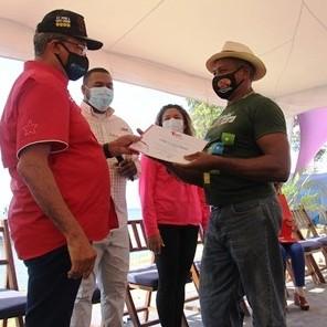 Diario Frontera, Frontera Digital,  BANCO DEL TESORO, Nacionales, ,Banco del Tesoro otorga Bs. 35 mil millones en créditos a pescadores de La Guaira