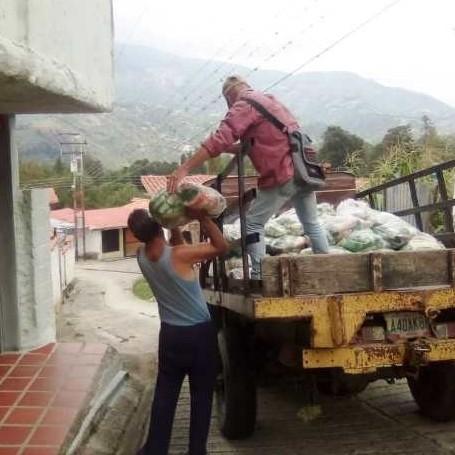 Diario Frontera, Frontera Digital,  TABAY, SANTOS MARQUINA, Páramo, ,Familias de la Mucuy Baja y Mucunután recibieron combos CLAP en sus hogares