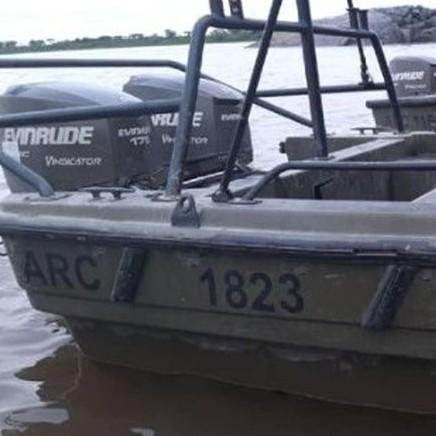 Diario Frontera, Frontera Digital,  ARMADA COLOMBIANA, Politica, ,FANB incauta tres lanchas de combate  con emblemas de la Armada de Colombia