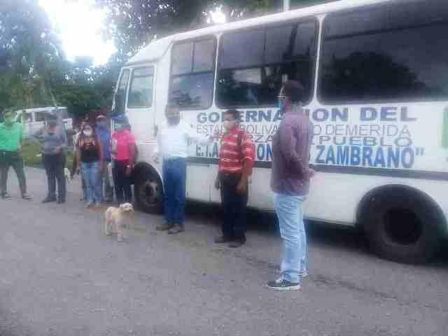 """Diario Frontera, Frontera Digital,  GOBIOERNO DE MÉRIDA, Panamericana, ,Acondicionada unidad de transporte de la Etare """"Don Luis Zambrano""""  al servicio de los estudiantes"""
