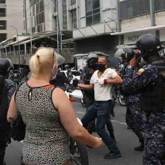 Diario Frontera, Frontera Digital,  JUBILADOS, CARACAS, Nacionales, ,Jubilados son golpeados y detenidos al protestar en Caracas