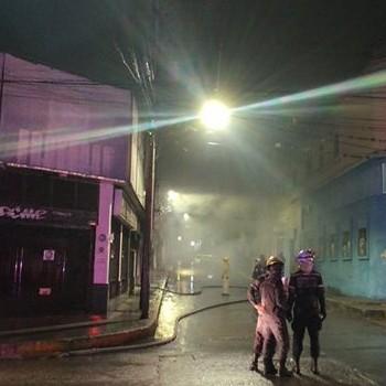 Diario Frontera, Frontera Digital,  INCENDIO EN MÉRIDA, Sucesos, ,Incendio dejó como saldo cuantiosos daños materiales  en centro de #Mérida