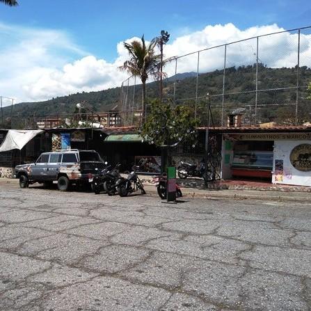 """Diario Frontera, Frontera Digital,  INVADIERON ESTADIO DE SOFTBOL, Deportes, ,Negocios ilegales invadieron terrenos del Estadio """"Juan Omar Briceño"""""""