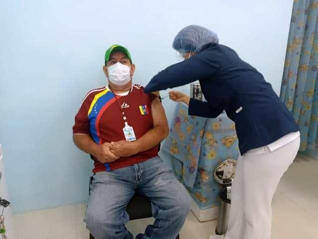 Diario Frontera, Frontera Digital,  EL VIGÍA, HOSPITAL HUGO CHÁVEZ, VACUNA, Panamericana, ,En el Vigía  arrancó jornada de vacunación a  trabajadores de salud del Hugo Chávez
