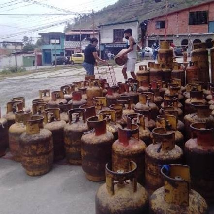 Diario Frontera, Frontera Digital,  UBH SAN JACINTO, Regionales, ,Mérida Gas atendió a familias de la UBCH San Jacinto