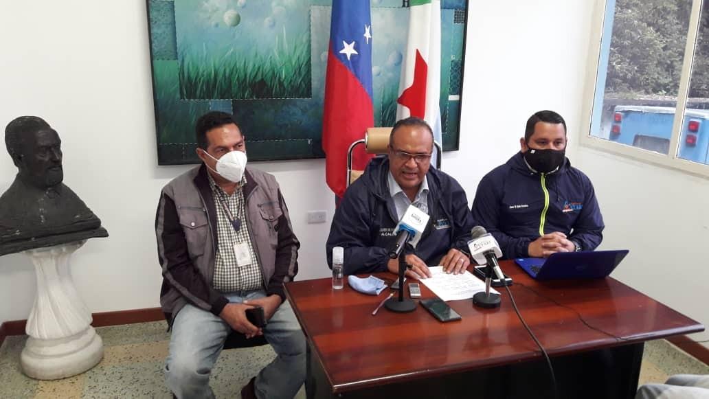 """Diario Frontera, Frontera Digital,  ALCALDE DE MÉRIDA, RUEDA DE PRENSA, Regionales, ,Alcides Monsalve: """"Sigue afectado el servicio de aseo urbano en Mérida por falta de combustible"""""""