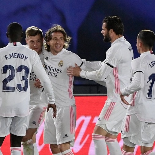 Frontera Digital,  REAL MADRID, Deportes,  Benzema y Kroos sentencian al Barcelona  para colocar en la cima liguera al Real Madrid