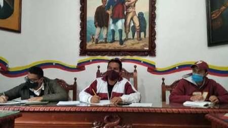 https://fronteradigital.com.ve/Refuerzan medidas de bioseguridad y cerco epidemiológico en Rangel por COVID-19