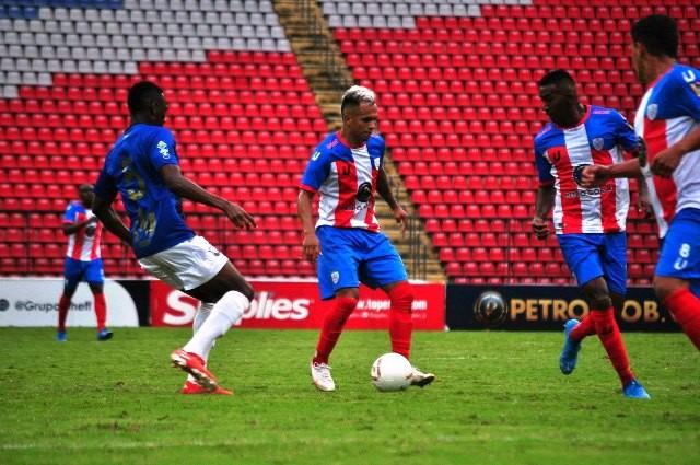 Diario Frontera, Frontera Digital,  ESTUDIANTES DE MÉRIDA F.C., Deportes, ,Tres jugadores de Estudiantes  han disputado la totalidad de los minutos