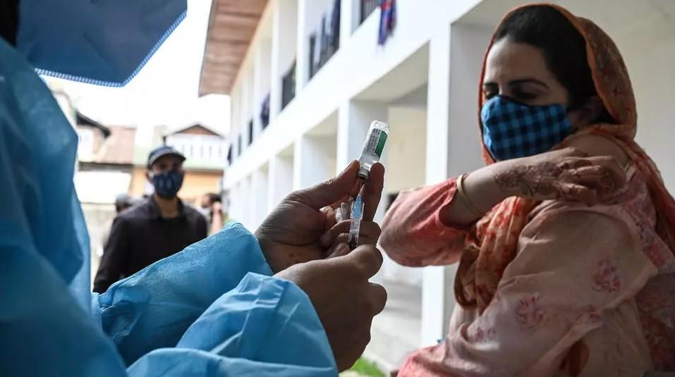 Diario Frontera, Frontera Digital,  ANTICUERPOS COVID 19, Salud, ,Anticuerpos perduran 12 meses después y aumentan con la vacuna