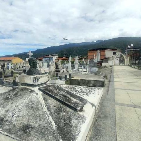 Diario Frontera, Frontera Digital,  CEMENTERIO EL ESPEJO, ALCALDÌA DEL MUNICIPIO LIBERTADOR, Regionales, ,Alcaldía del municipio Libertador  intervino cementerio de El Espejo