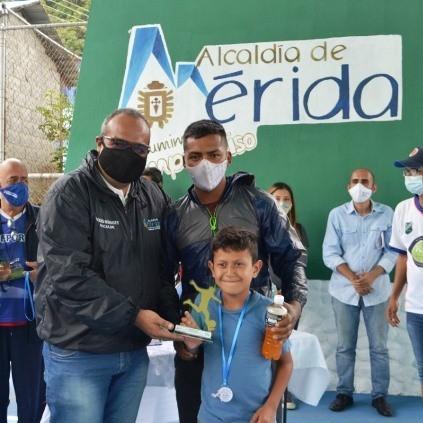 Diario Frontera, Frontera Digital,  ALCALDE DE MÉRIDA, ALCIDES MONSALVE CEDILLO, Regionales, ,Exitosa  Jornada de Atención Integral  celebró la Alcaldía de Mérida en Los Curos
