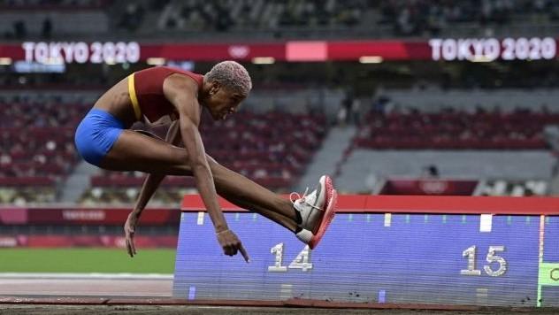 https://fronteradigital.com.ve/Yulimar Rojas clasificó a la final olímpica  con el mejor registro del salto triple