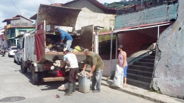 https://fronteradigital.com.ve/Ciudadanos y empresas de Pinto Salinas  aportan combustibles para servicio de aseo urbano