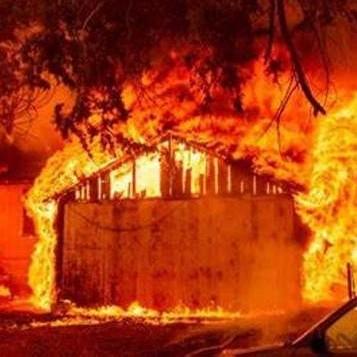 Diario Frontera, Frontera Digital,  INCENDIO EN CALIFORNIA, EEUU, Internacionales, ,Impresionante incendio  arrasó población en California